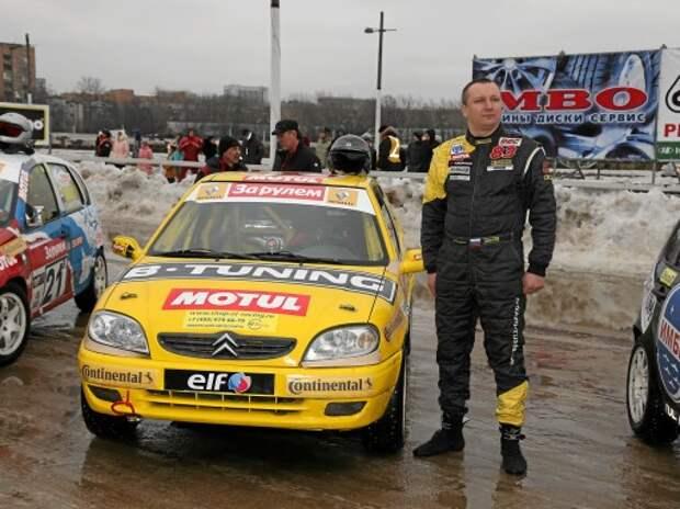 Гонка Звезд «За рулем» 2015: Андрей Севастьянов тренируется на Renault Logan