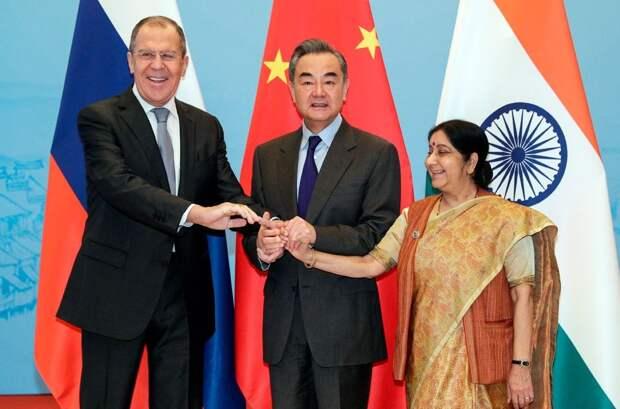 Россия спутала карты США, погасив конфликт между КНР и Индией