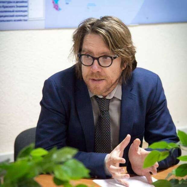 Эксперт: Мы не можем считать Украину недружественным государством - к нам враждебно относится лишь руководство Киева