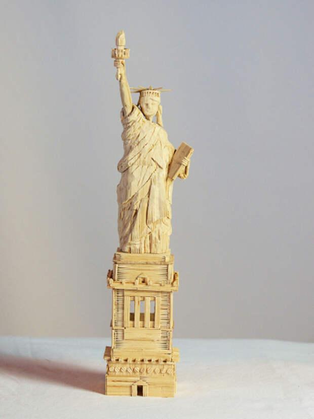 Удивительные скульптуры из зубочисток