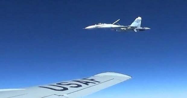 Россия подняла истребители из-за стратегического бомбардировщика США в нейтральных водах Балтики