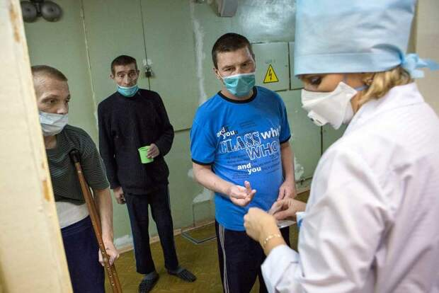 В фонде «Спид.Центр» пожаловались на нехватку лекарств для лечения ВИЧ-инфекции