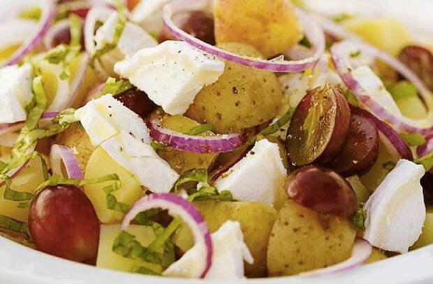 Салаты с картофелем: забываем про надоевший оливье