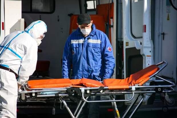 За сутки в России скончались 389 пациентов с COVID-19