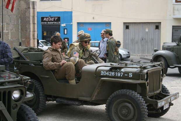 Настоящий Виллис. Оригинальный, того времени.  MG42, война, история, оружие, реставраторы