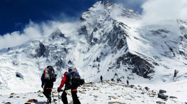 Гора, которая сложнее и опаснее Эвереста