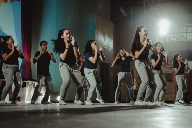 Танцевальная студия при школе на Клинской открыла набор в новые группы