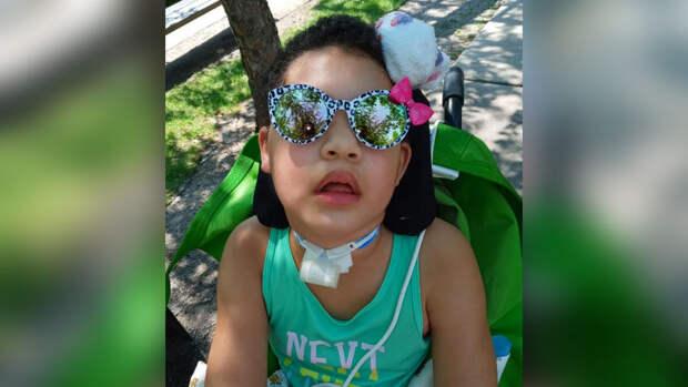 Восьмилетнюю девочку парализовало из-за COVID-19