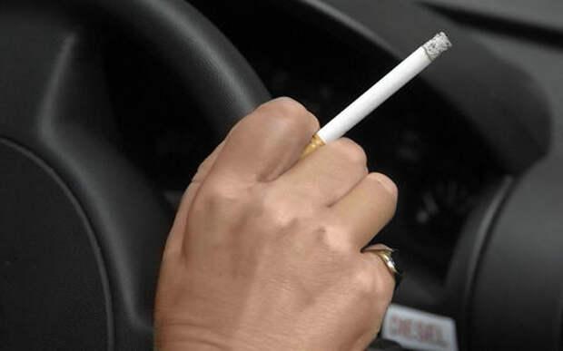 Курение в автомобиле: электроника против табака