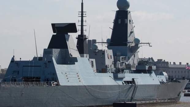 В Минобороны РФ назвали действия британского эсминца в Черном море эпическим фиаско