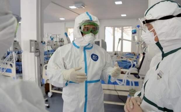 Президент Киргизии агитирует лечить Covid-19 настойкой иссык-кульского корня