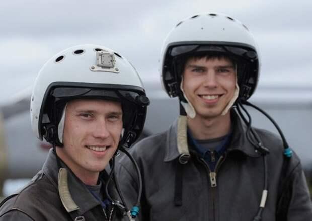 Воздушную границу Заполярья пилоты Мончегорской авиагруппы держат на замке