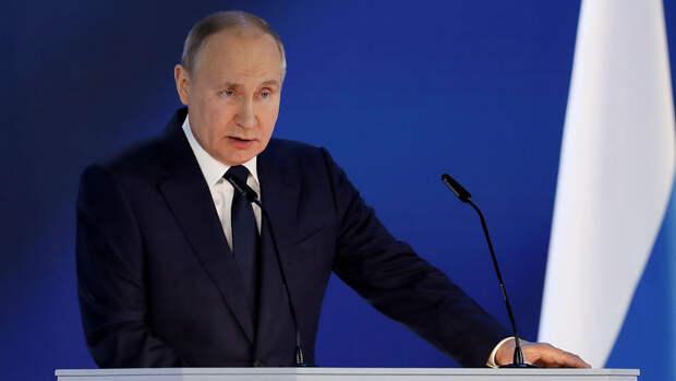 ВЦИОМ зафиксировал рост рейтинга Путина после послания парламенту