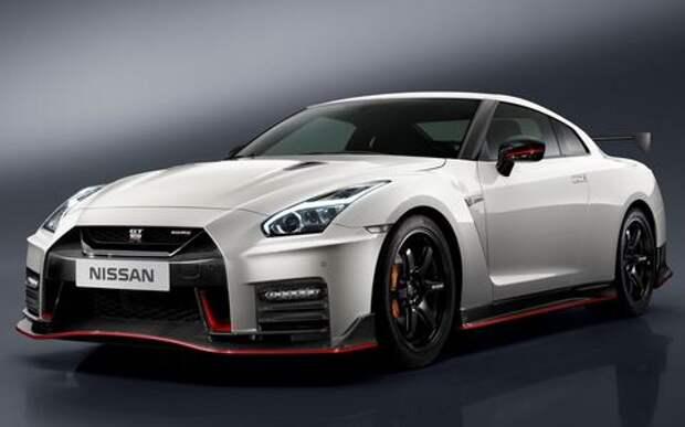 Обновленный Nissan GT-R Nismo дебютировал по месту применения