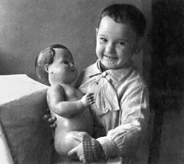 5. Людмила Гурченко СССР, детские фото, кумиры, леонов, миронов, советские актеры