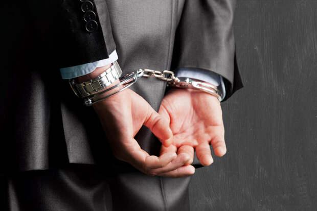 Бывший вице-мэр Саратова задержан по подозрению в мошенничестве