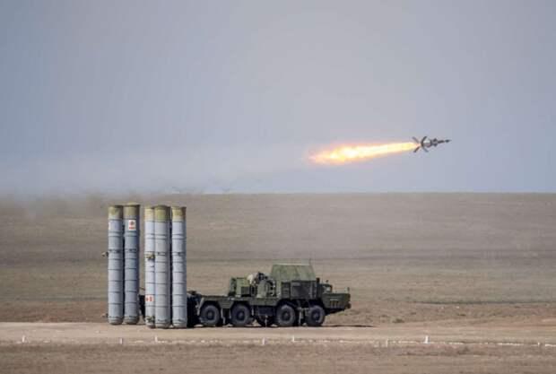 Российские С-300 в Сирии перехватили несколько израильских ракет