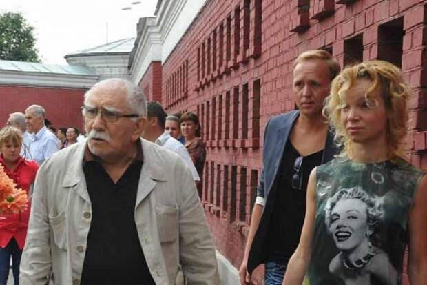 Цымбалюк-Романовской предлагали миллион рублей запоявление угроба Джигарханяна