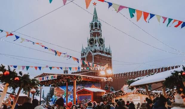 Новогодние каникулы в России предложили растянуть на весь январь