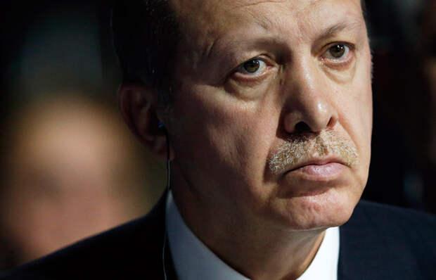 Эрдоган обещал предоставить доказательства причастности РФ к покупке нефти ИГ