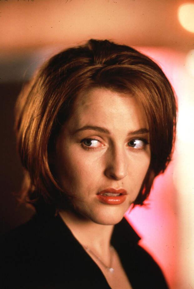 Джиллиан Андерсон (Gillian Anderson) в фотосессии Майкла Тая (Michael Tighe) (1997), фото 4