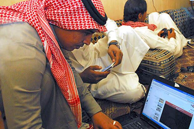 В ОАЭ ввели тюремный срок за брань в интернете