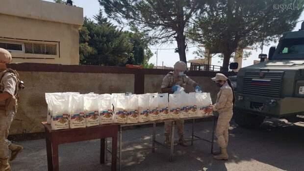 Российские военные доставили гумпомощь в провинцию Эль-Кунейтра