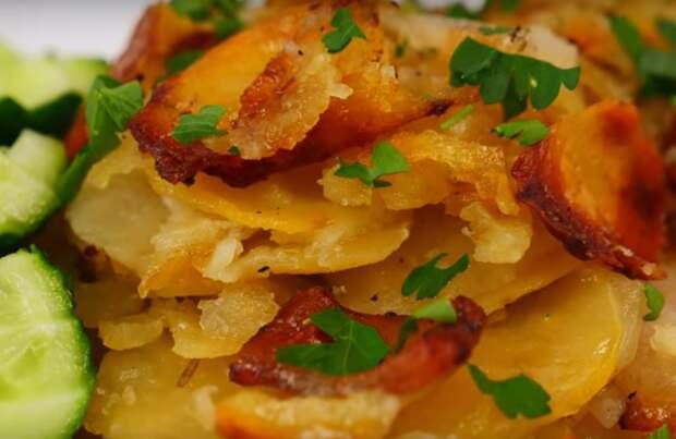 Аппетитное блюдо из сала и картофеля