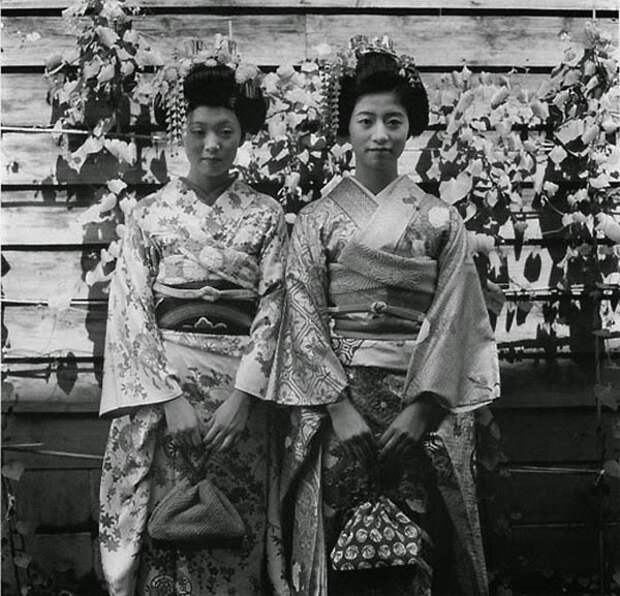 Увядающие японские обычаи и традиции в объективе Иссей Суда