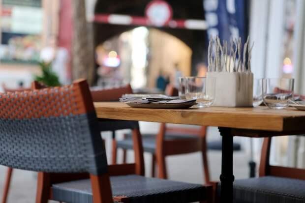 10 примеров неприемлемого поведения в кафе и ресторанах