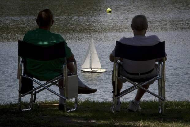 Мир богатых пенсионеров