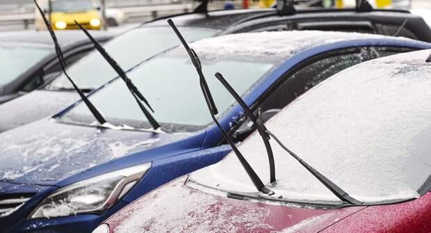Как при движении авто избавиться от налипающего на дворники снега