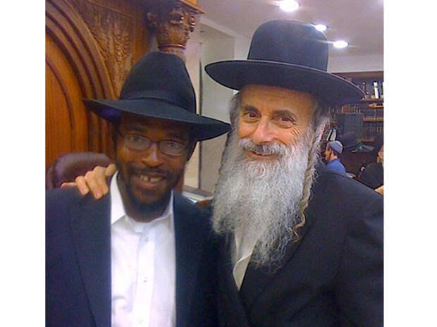 Негров подстрекают евреи. Трамп тоже уверовал в «Протоколы Сионских мудрецов»