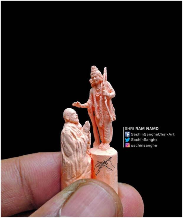 Парень изИндии вырезает невероятные крошечные скульптуры измаленьких мелков