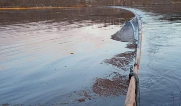 Утечка нефтепродуктов наХарьяге угрозу населенным пунктам ненесет— власти Коми