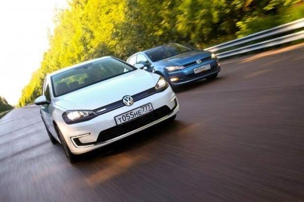 Volkswagen e‑Golf и Golf 1.4 TSI. От 34 900 евро e‑Golf в Европе, от 1 319 000 рублей Golf 1.4 TSI в России.