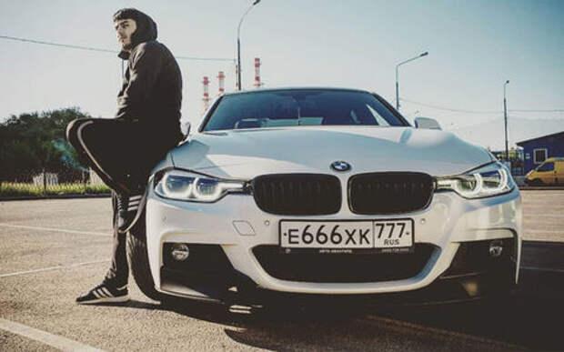 Очередной мажор на BMW нагло пронесся по встрече