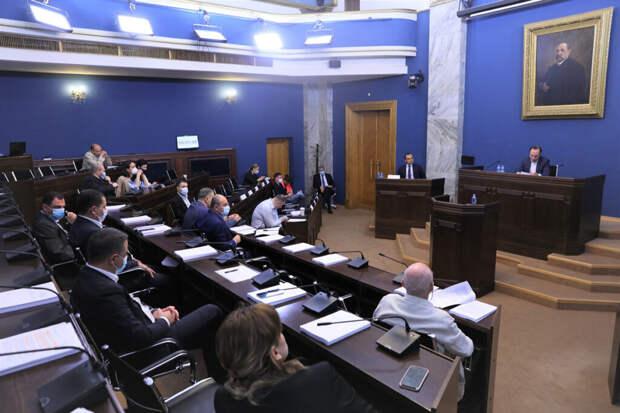 Депутаты подрались в парламенте Грузии
