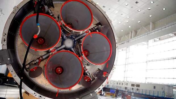 В России полностью приостановили работы по сверхтяжелой ракете для полета на Луну