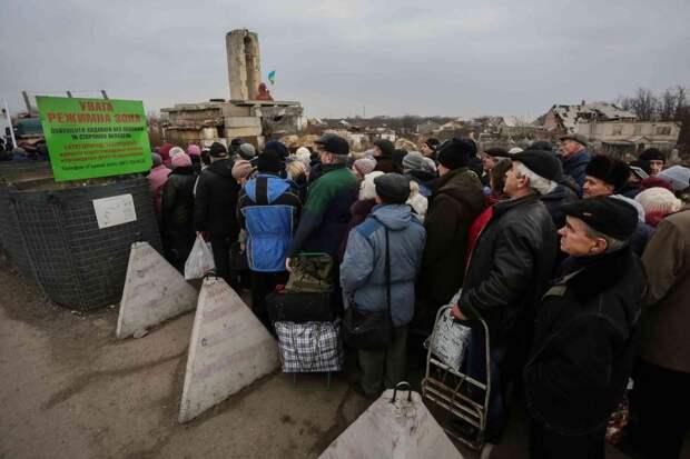 В Раде рассказали, как Украина изощрённо издевается над пенсионерами ЛНР
