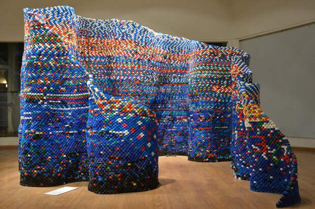 Позже павильон стал частью инсталляции на выставках Arunkumar H G.