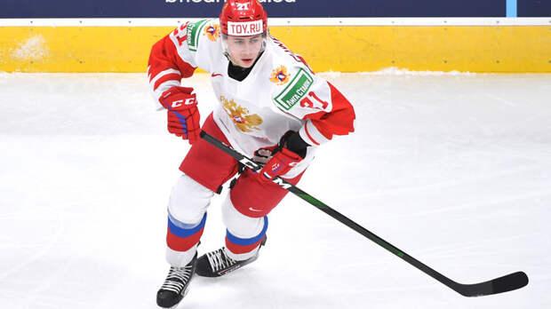 «Коламбус» объявил о подписании контракта с хоккеистом «Авангарда» Чинаховым