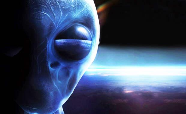 Конспирологическая теория Есть в научной среде и сообщество, вполне серьезно рассматривающее возможность существования некой древней сверхцивилизации, которая контролирует Вселенную. Когда население какой-либо планеты развивается до освоения космоса, не желающие конкуренции пришельцы ее просто уничтожают.