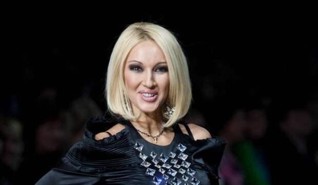 Кудрявцева бросилась на помощь к умоляющей Самбурской