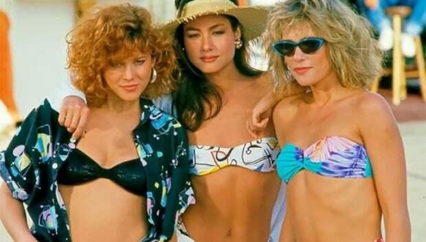 Стиль 80‑х и 90‑х в ярких фотографиях модниц техлет
