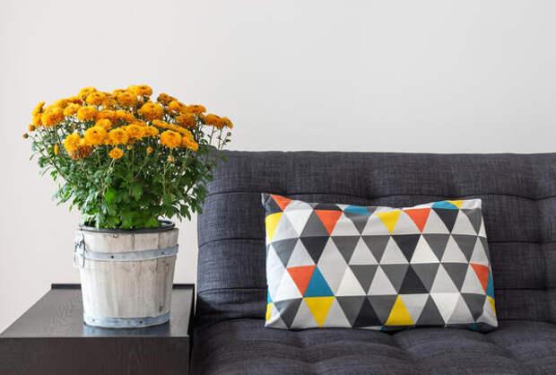 Подушка для дивана в стиле пэчворк