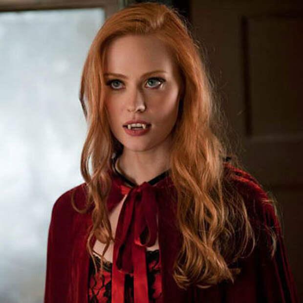 Самые красивые знаменитые вампирши.