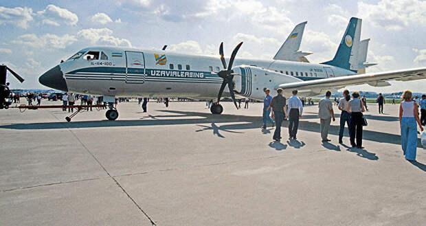Пассажирский самолёт ИЛ-114-100. Архивное фото