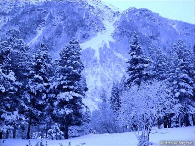 Баксанское ущелье снегопад горы