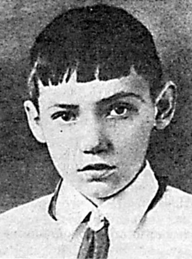 Детская книга войны - Дневники 1941-1945 - DopodlinnoustanovitkakpogibJUra.jpg